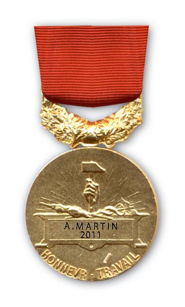 Medailles D Anciennete Du Travail Classe Grand Or 40 Ans